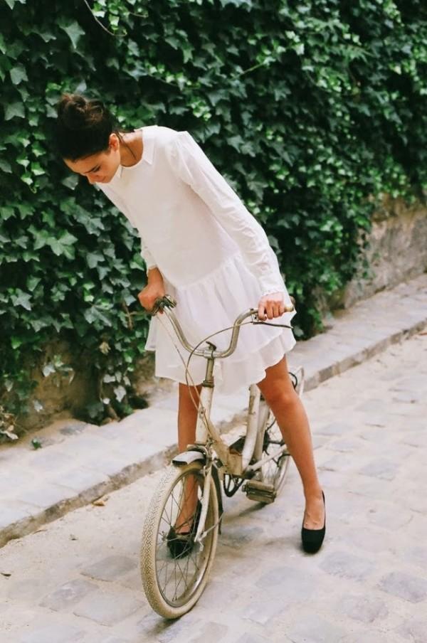 Rochie pentru plimbarea cu bicicleta, Foto: lionmarch.com