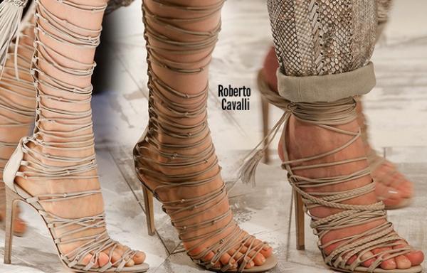Sandale lungi la modă în anul 2014, Roberto Cavalli, Foto: itslavida.com