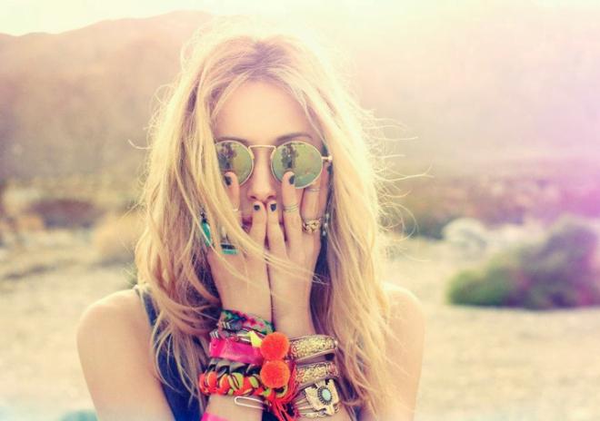 Brățări elegante în stil hippie pentru vară, Foto: the4hundredbeats.blogspot.com