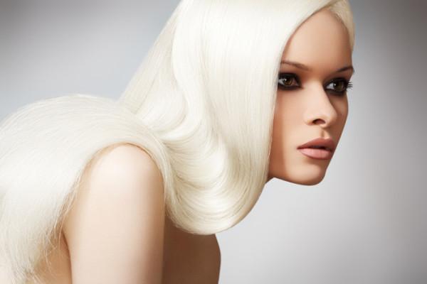 Coafură elegantă pentru femei cu păr lung, Foto: asphereoffashion.wordpress.com