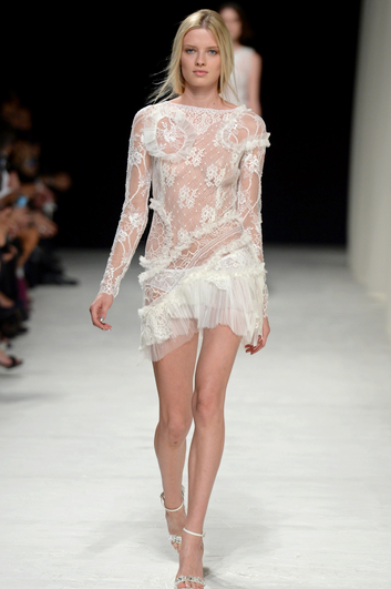 Colecția Nina Ricci primăvara-vara 2014, Foto: fashionvenue.in