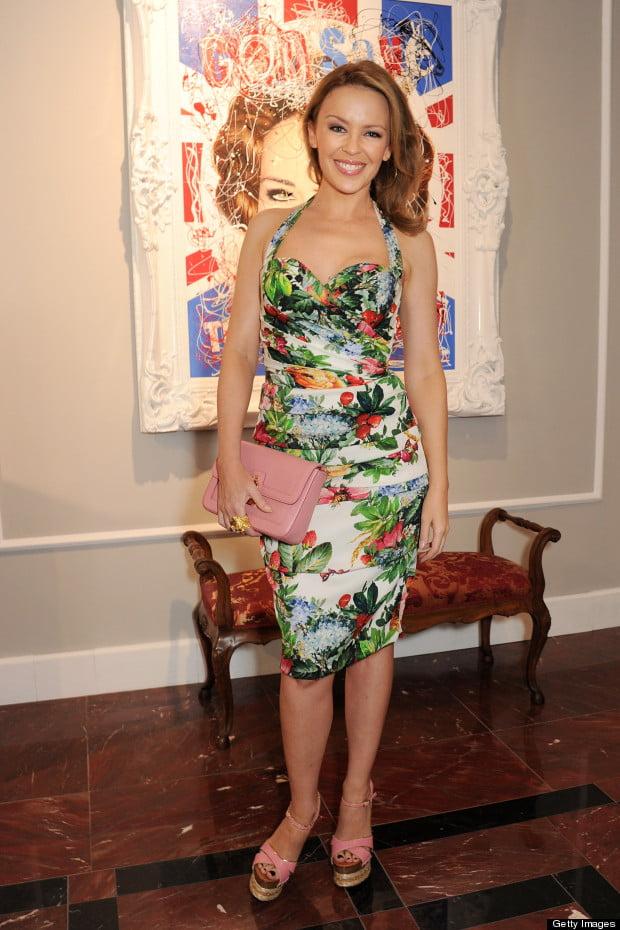 Kylie Minoque în rochie cu imprimeu floral Dolce&Gabbana, Foto: mydaily.co.uk