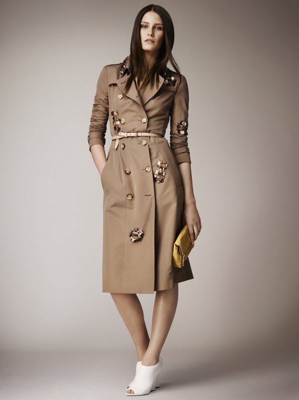 Mantou clasic și elegant, Foto: wardrobelooks.com