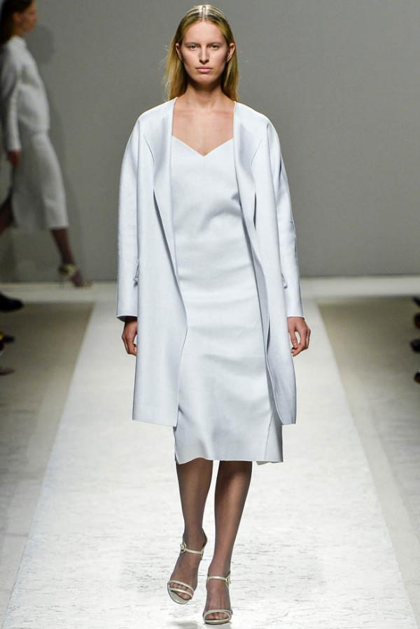 Mantou elegant de damă, Foto: fashiongonerogue.com
