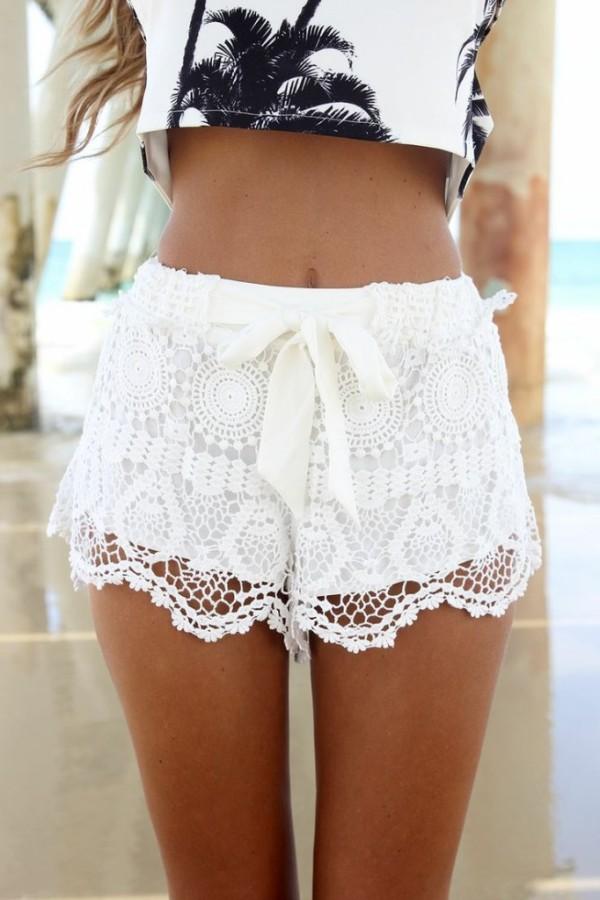 Pantaloni albi de vară, Foto: missesdressy.com
