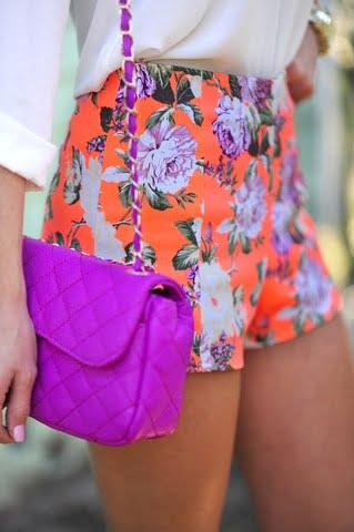 Pantaloni cu imprimeu floral, Foto: missesdressy.com