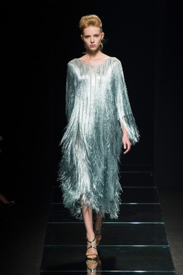 Rochie argintie cu franjuri, Foto: allaboutmodels.me