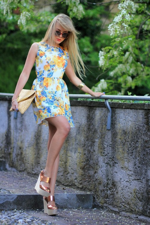 Rochie elegantă pentru vară, imprimeu fin deosebit, Foto: designmag.fr