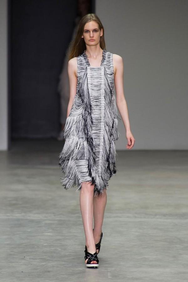 Rochie realizată de Calvin Klein, Foto: fashionising.com