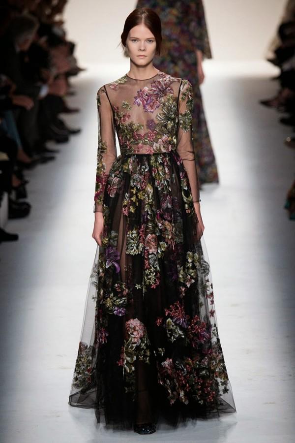 Rochie transparentă cu imprimeu floral, creație Valentino, Foto: sabrinadobuydiva.blogspot.ro