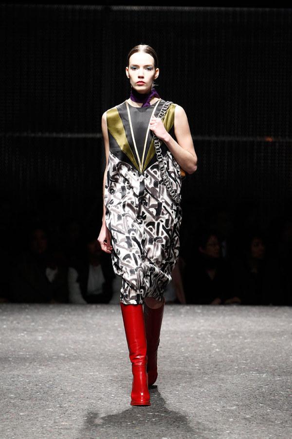 Cizme din piele, creație Prada, Foto: thefashionography.com