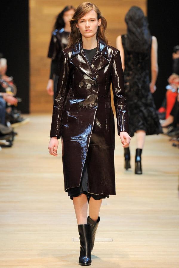 Haină din piele modernă, Foto: wardrobelooks.com