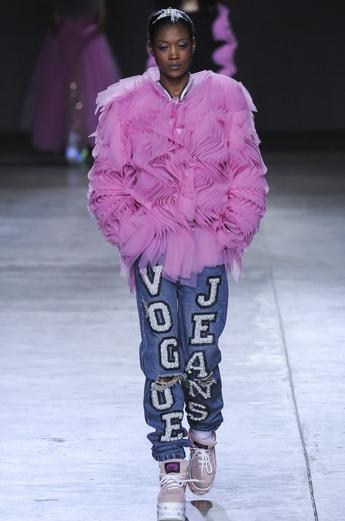 Noi tendințe în moda din acest an, Foto: ashish.co.uk