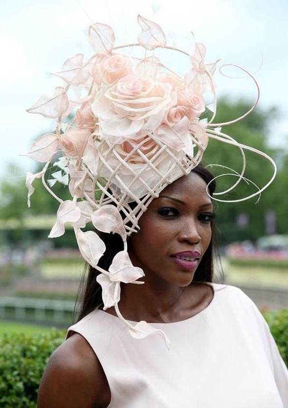 Pălărie cu motiv floral, Foto: zaihuangeming.diandian.com