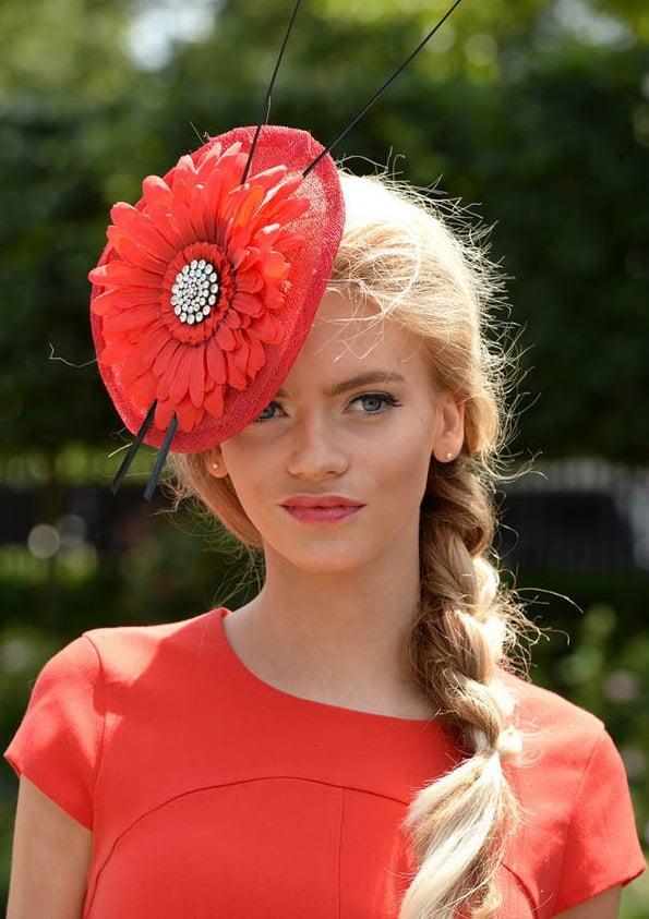 Pălărie fină, model deosebit, Foto: zaihuangeming.diandian.com