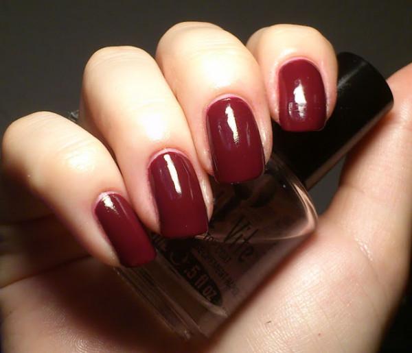 Roșu burgund, culoarea la modă în această toamnă, girlsofto.com