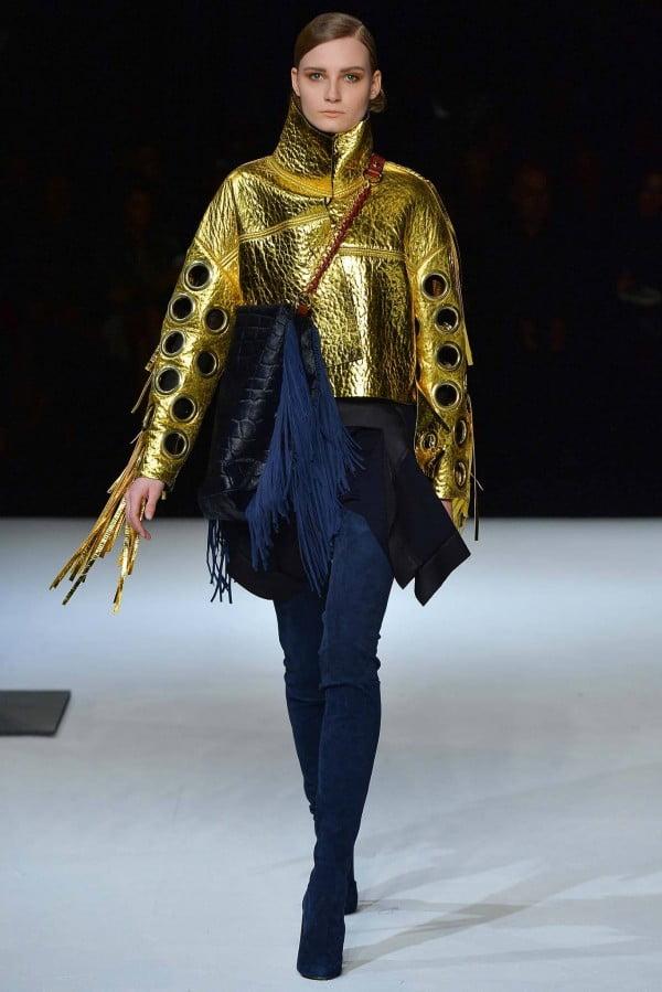 Geacă din piele aurie la modă în acest sezon, Foto: wardrobelooks.com