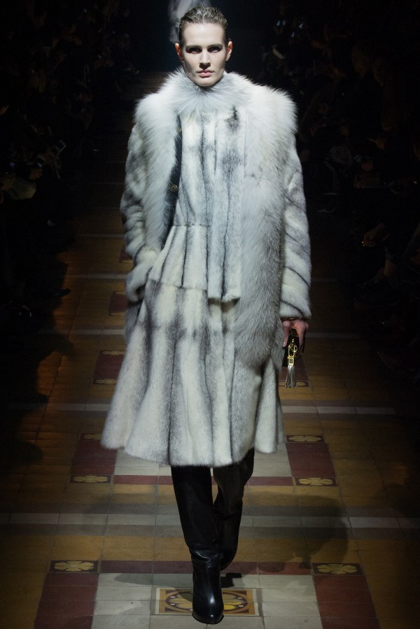 Haină de blană elegantă marca Lanvin, Foto: thebestfashionblog.com
