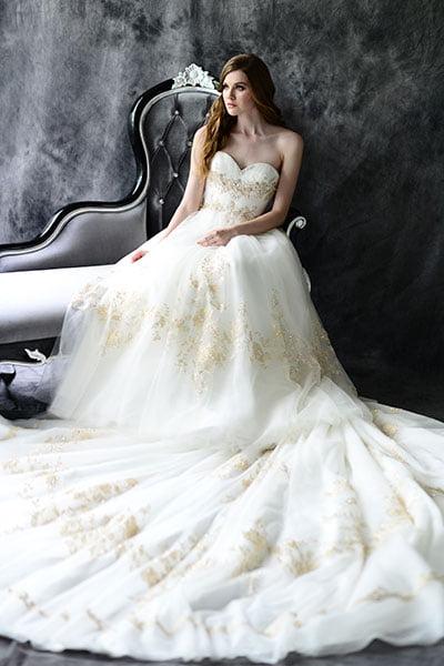 Rochie de mireasă în tendințele modei din toamna anului 2014, Foto: bridalguide.com
