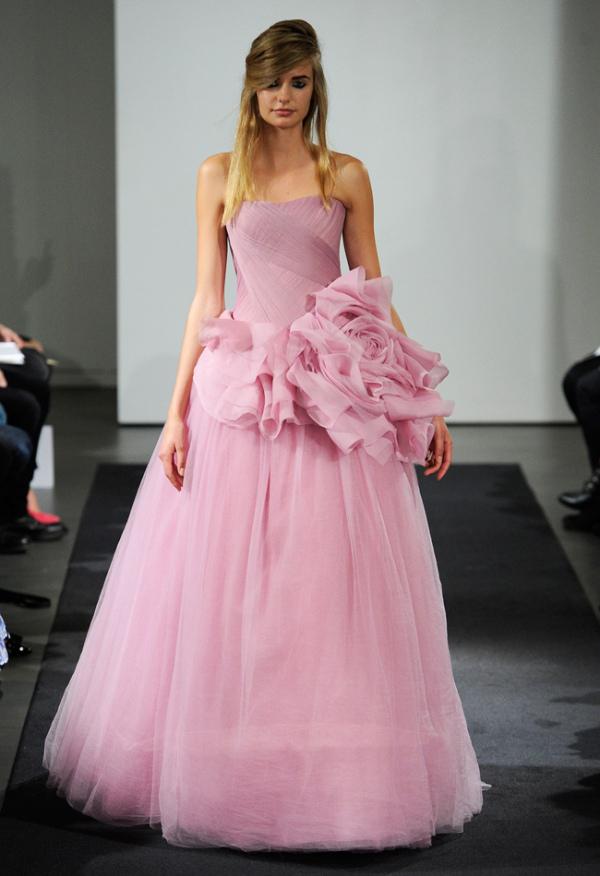 Rochie de mireasă marca Vera Wang, Foto: blog.theknot.com