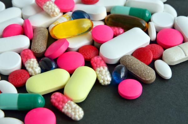 Antibiotice, Foto: buddingintofullness.wordpress.com