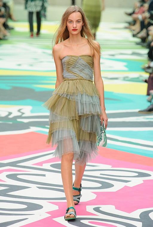 Rochie din tulle marca Burberry, Foto: tabloid.az