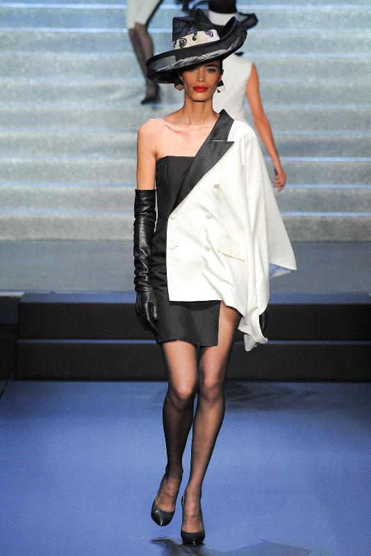 Tnedințele modei Jean Paul Gaultier pentru anul 2015, Foto: fashionbombdaily.com