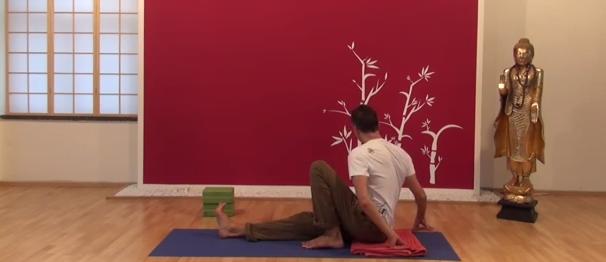 Exercițiu de flexibilitate pentru spate 6