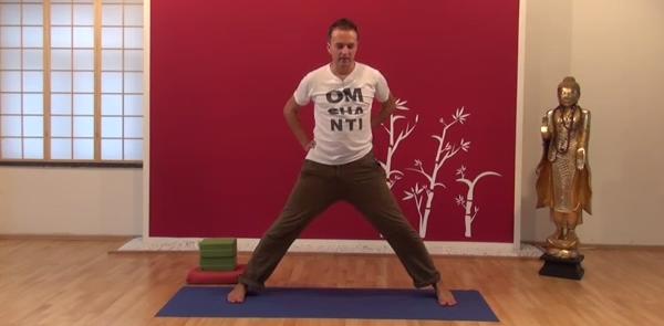 Exercițiu de flexibilitate pentru spate 7
