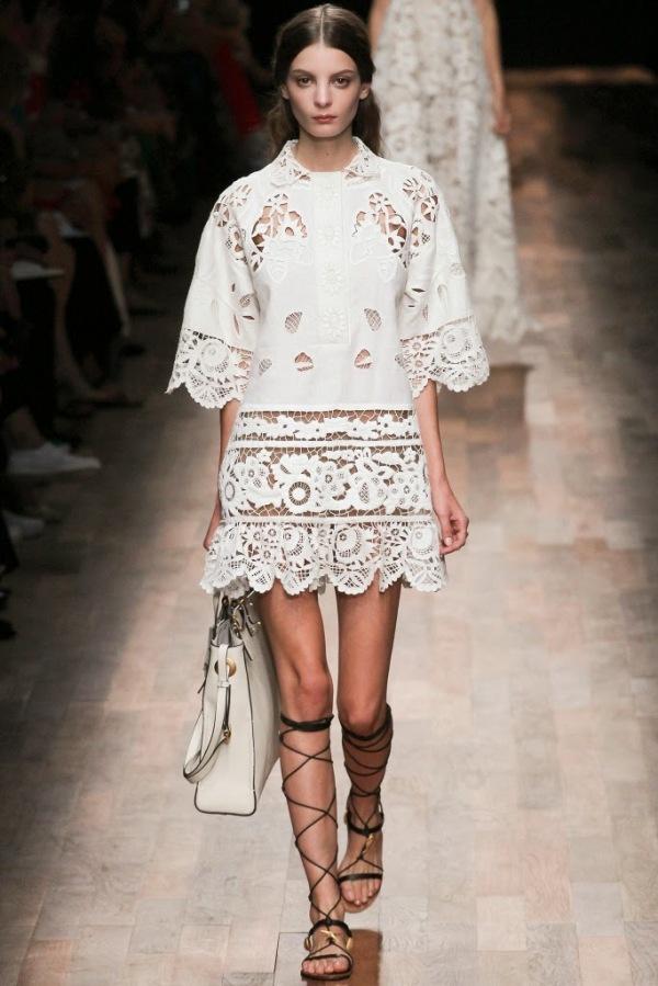 Rochie marca Valentino din colecția pentru primăvara anului 2015, Foto: nicolaloves.com