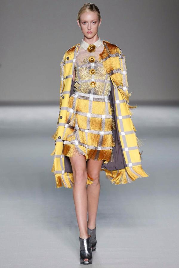 Tendințele modei cu franjuri la Marco de Vincenzo, Foto: natthias.com