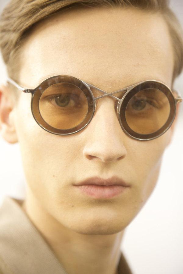 Ochelari cu ramă rotundă marca Louis Vuitton, Foto: tmagazine.blogs.nytimes.com