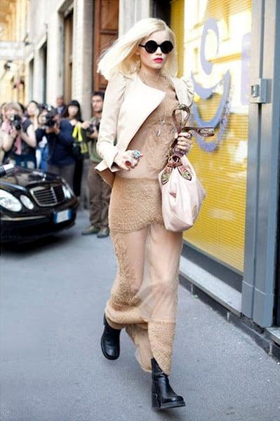 Rochie bej, Foto: fashiongum.com