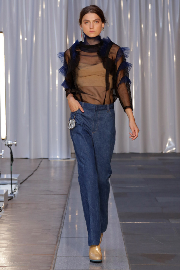Blugi Toga la modă în acest an, Foto: style.com