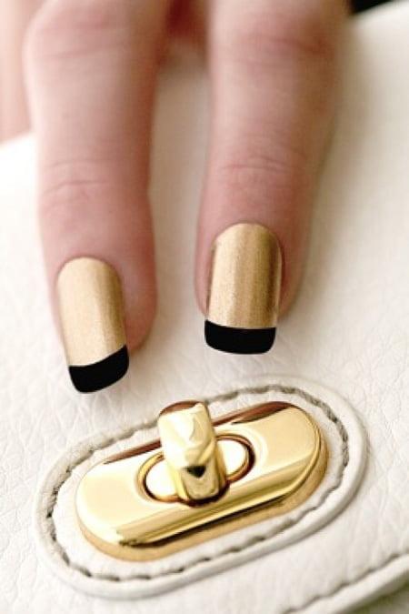 Unghii aurii la modă în acest an, Foto: allblogs.ro