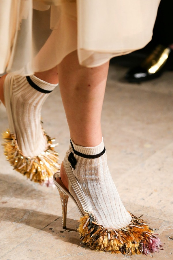 Moda cu franjuri și șosete scurte, Foto: tatajazzblog.blogspot.ro