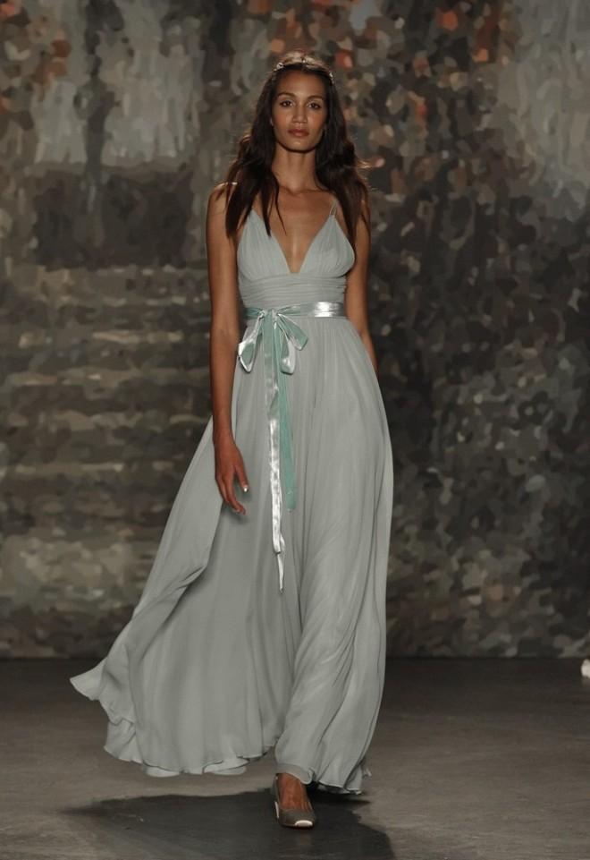 Rochie de mireasă, marca Jenny Packham, Foto: recentbridal.com
