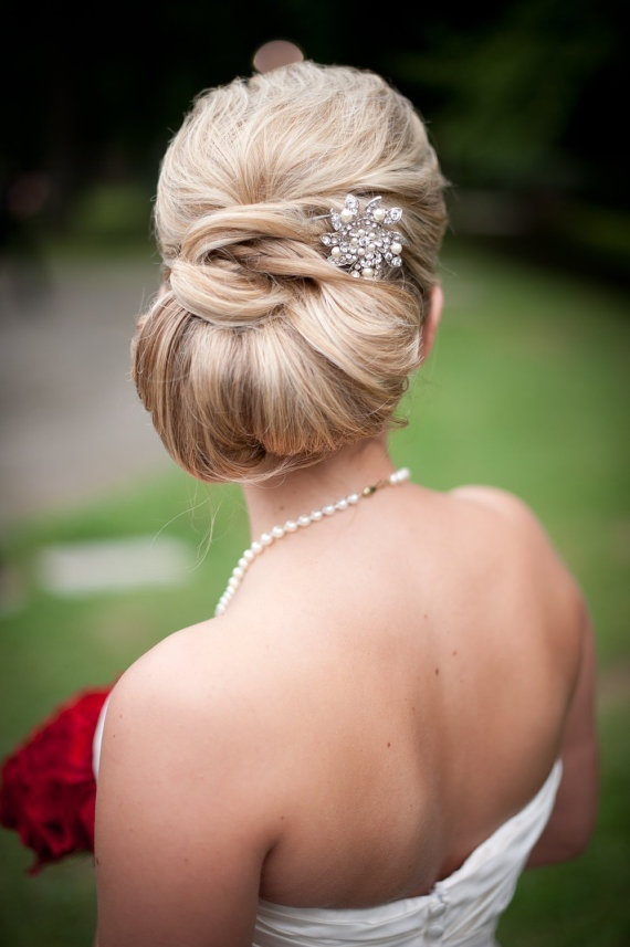 Coafură de ocazie, Foto: coiffure-simple.com