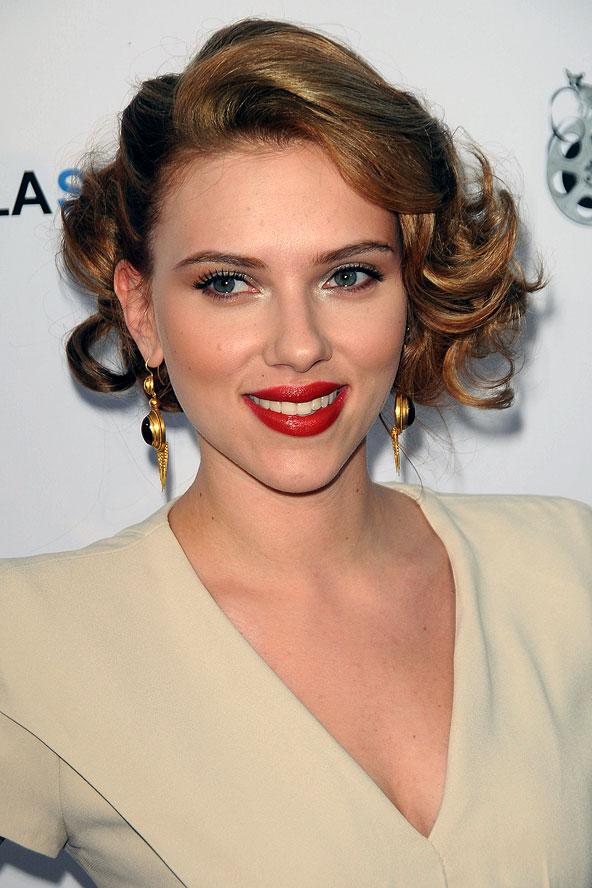 Coafură la Scarlett Johansson, Foto: starmakeup.ru