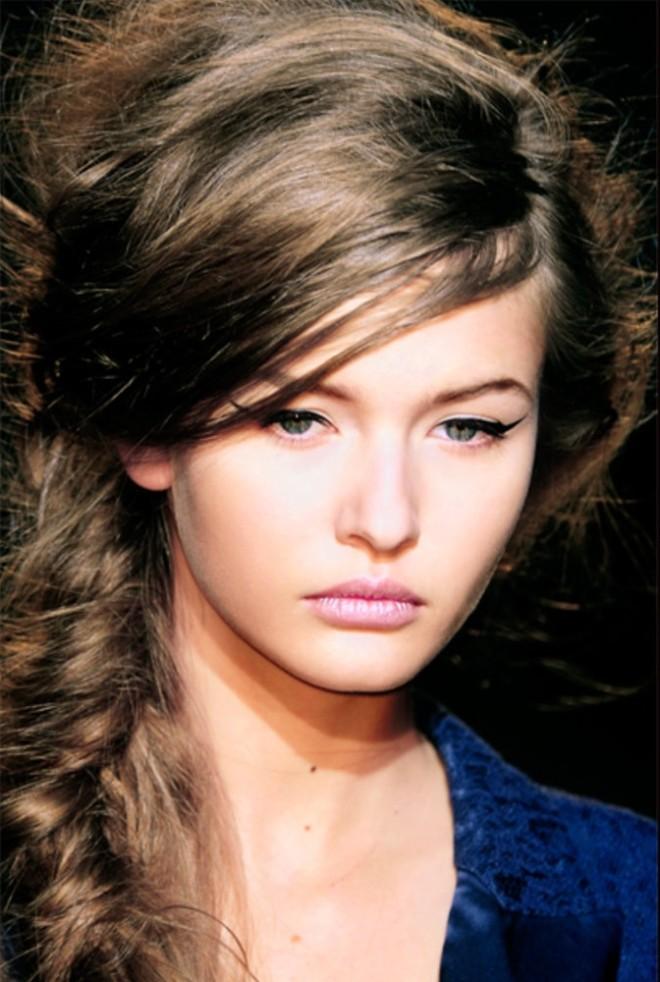 Coafură cu păr împletit, Foto: grazia.fr