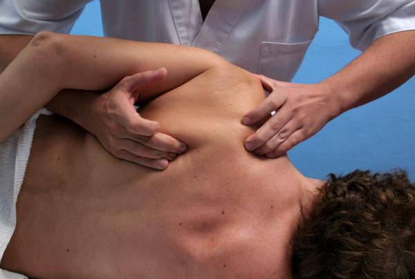 Osteopatia - Masaj , Foto: fiftyplusmore.files.wordpress.com