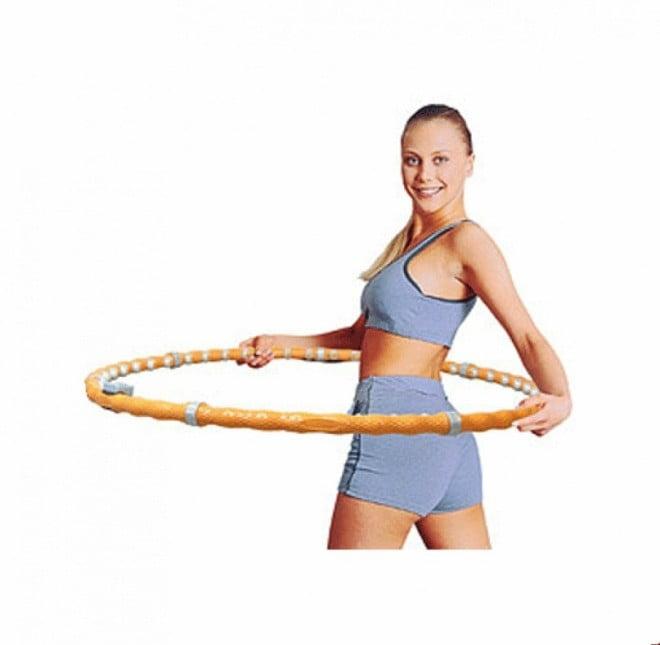 Exercițiu cu cerc pentru subțierea taliei, Foto: idealbody.org
