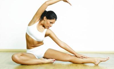 Exercițiu pentru talie, Foto: omegayoga.co.uk