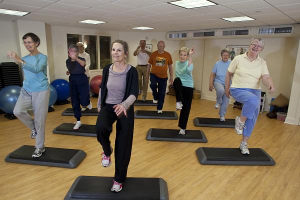 Exerciții simple pentru persoanele în vârstă, Foto: seaburylife.org
