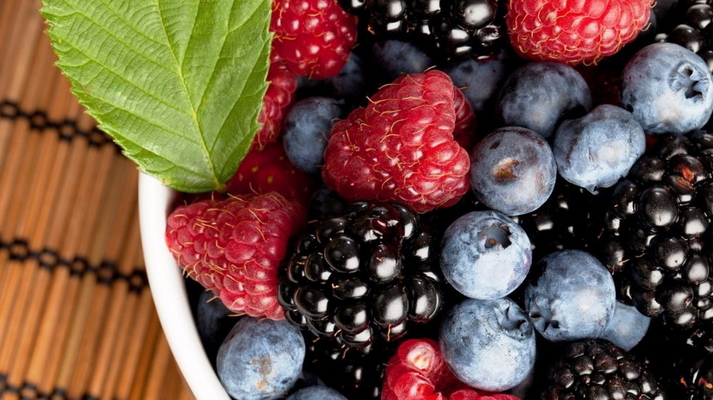4-suc-de-fructe-de-padure