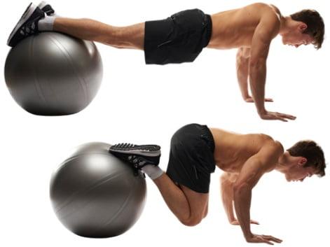 Exercițiu cu mingea de fitball pentru zona abdominală, Foto: greatist.com