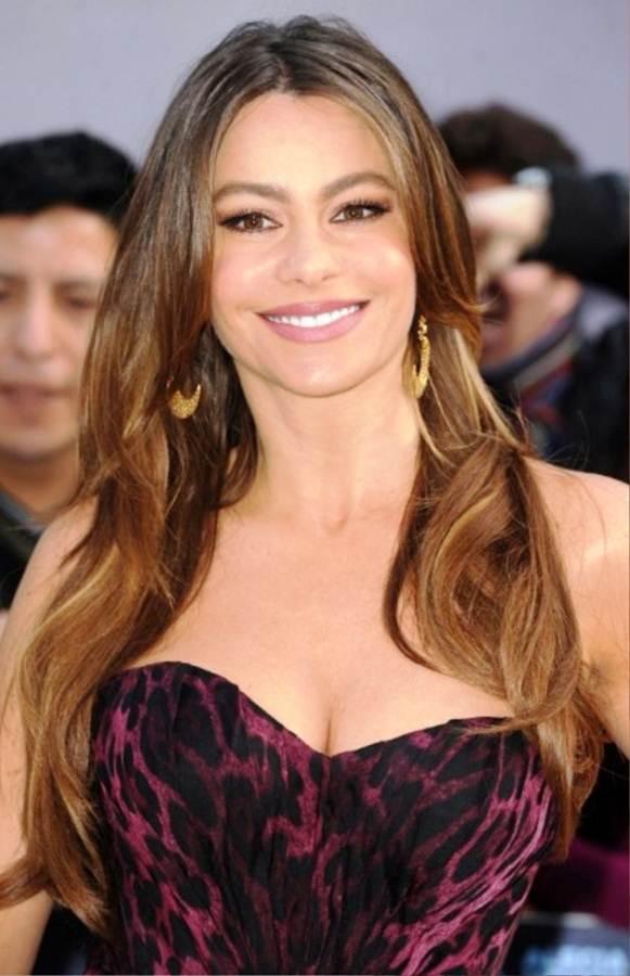 Coafură pentru femei cu păr lung, Foto: sites.securepaynet.net