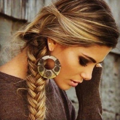 Coafură în stil romantic, Foto: lexpress.mu
