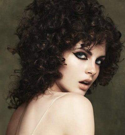 Coafură deosebită tinerească, Foto: latest-hair-styles22.blogspot.ro