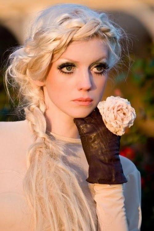 Coafură deosebită cu părul împletit, Foto: hairstylemen20.com
